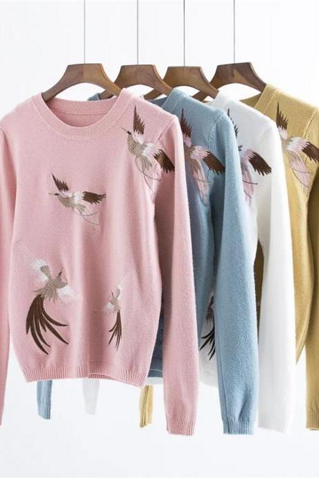 Women Fashion Embroidery Round Neck Long Sleeved Knitting Loose Pullover Sweater