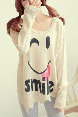 Women's Fashion Smiley Bat Sleeve Loose Sweater
